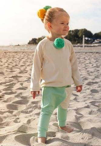 Pom Sweatshirt - Cream/Mint