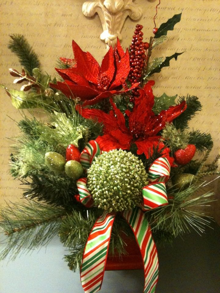 Pin by barb snyder on christmas flower arrangements