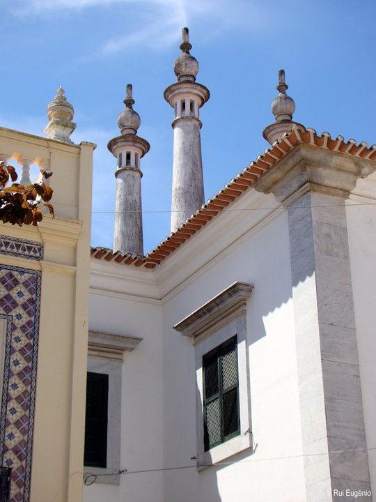 Casa na Rua Cap. João Francisco de Sousa, Jardim do Bacalhau e Rua do Vale, Beja.