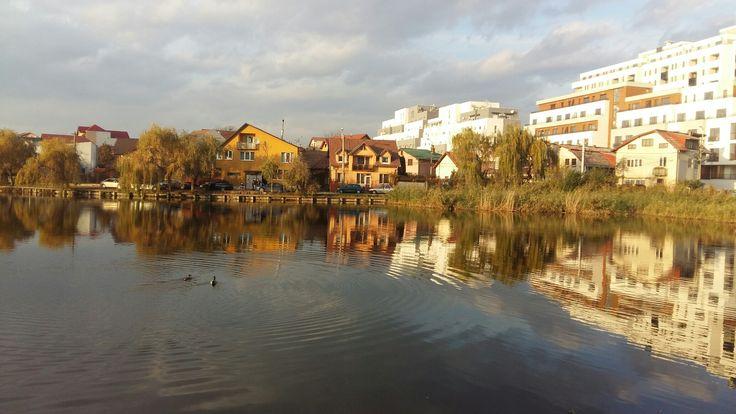 beautiful #sunny #lake #autumn #fall #Cluj #funday