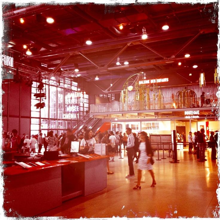 paris, Centre pompidou_hipstamatic image, Pom Kimber