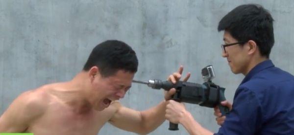 Zhao Rui - un moine Shaolin indestructible [video] - http://www.2tout2rien.fr/zhao-rui-un-moine-shaolin-indestructible-video/