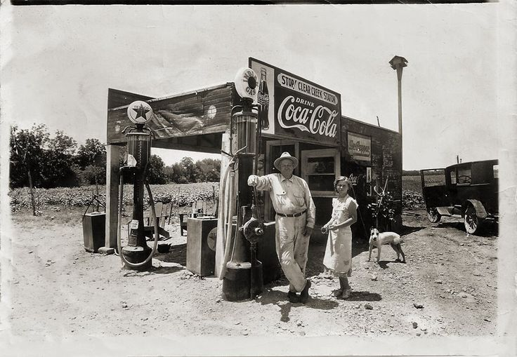 685 best Petroliana Signs Gas Pumps images on Pinterest  Gas pumps Old gas stations and