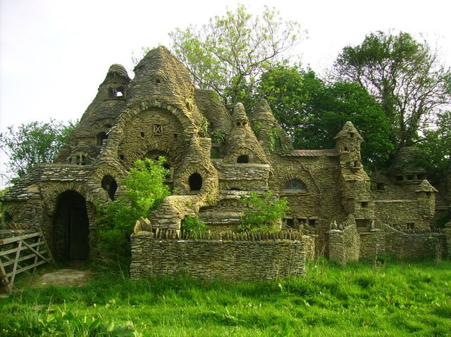 Colins Barn 'aka' The Hobbit House - Derelict Places