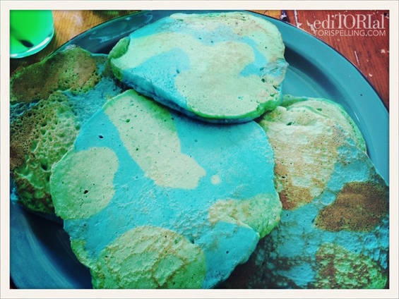 Earth Day Pancakes! Use blue and green food coloring :)