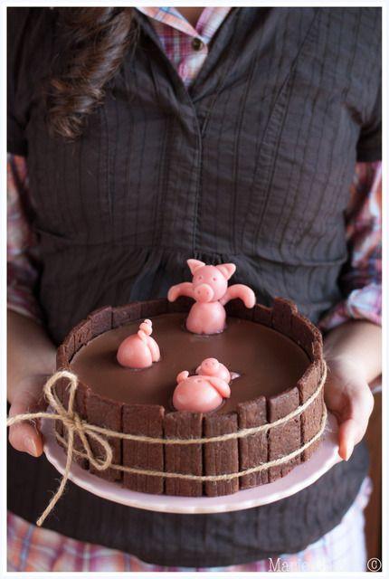 gateau d'anniversaire des 3 petits cochons par Marie Chioca - wonderful birthday cake