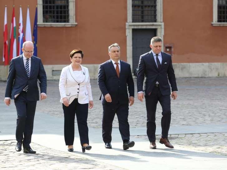 Czechy nie chcą być pariasem Europy jak Węgry i Polska. Zostaliśmy sami?