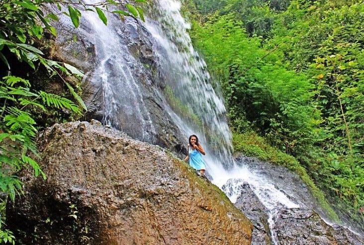 Air Terjun Curug Jonggol desa wisata nglinggo