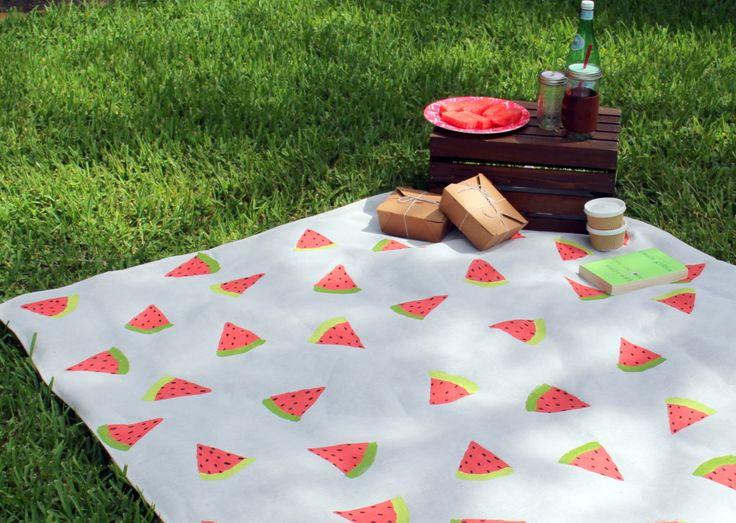 """HAZ TU PROPIO MANTEL DE PICNIC CON ESTAMPADO DE """"SANDIAS"""" (Picnic blanket for this summer) #HazloTuMisma #PersonalizaTuPicnic"""