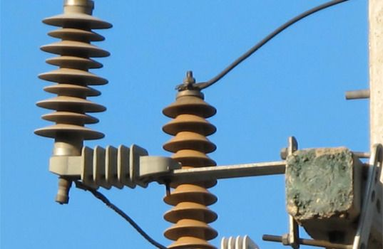 MV Arresters Under High Humidity