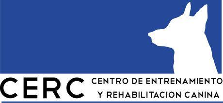 Centro de Entrenamiento y Rehabilitación Canina Metepec, Estado de México Diseño de logotipo. Papelería. Se entregó con manual de uso y las diferentes formas de presentación.