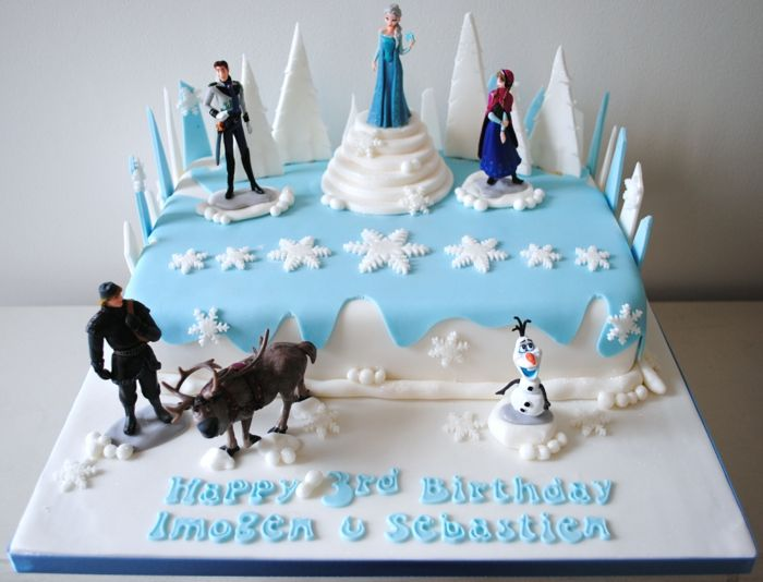 g teau reine des neiges photo sur gateau elsa et anna figurine pate a sucre frozen pinterest. Black Bedroom Furniture Sets. Home Design Ideas
