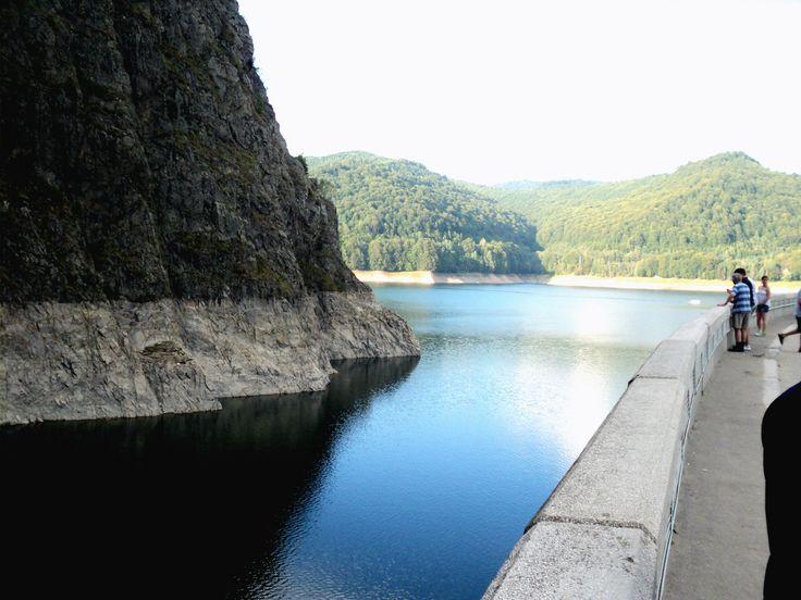 This is the dam Vidraru ♥