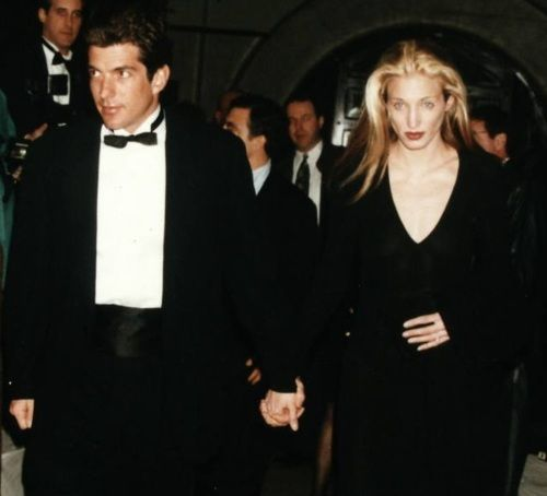 John F. Kennedy Jr. and Carolyn Bessette at presentation of the Jacqueline Kennedy Onassis Medal to architect I. M. Pei by the Municipal Art Society, February 26, 1996.