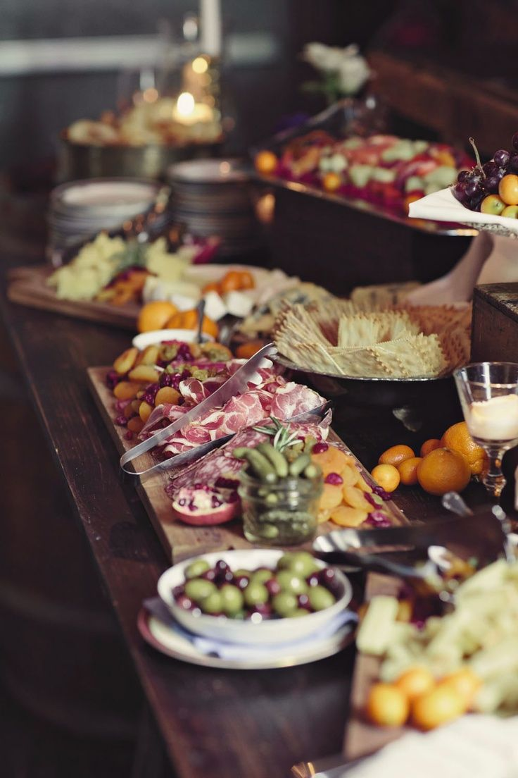 10 Food Stations for Your Wedding Reception | Team Wedding Blog