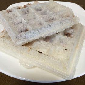 Grain bean paste Moffuru waffle maker - Mochi waffle with red bean filling