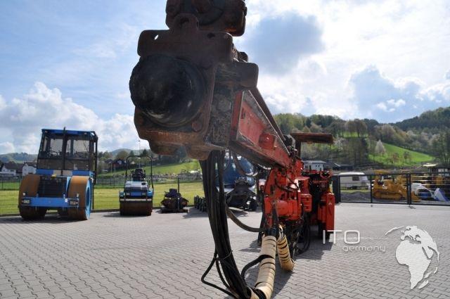 Bergbaumaschinen http://www.ito-germany.de/tunnelbaumaschinen-tamrock-hs105-bohrwagen-kaufen #mining #equipment #sandvik #Tamrock zu verkaufen #Minera #AtlasCopco #LHD