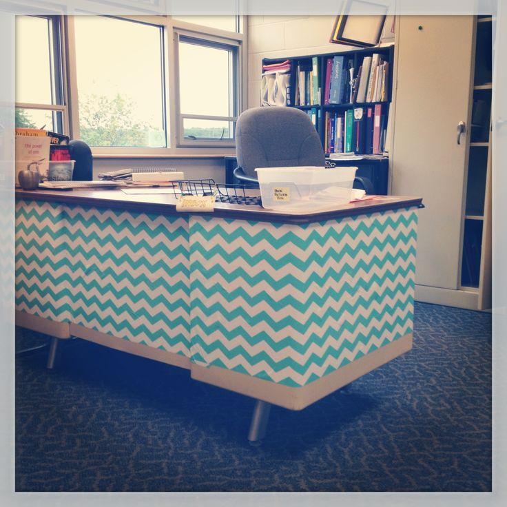 Classroom Desk Organization Ideas Pinterest: Best 25+ Teacher Desk Areas Ideas On Pinterest