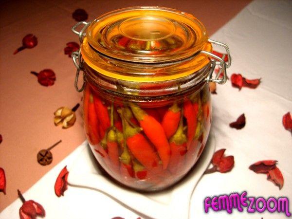 recette Conserve de piments d'espelette au vinaigre : Recette conserve, Cuisine Femme Zoom, Recettes de cuisine ...