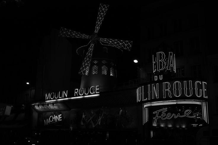 Moulin Rouge, Paris.  KC Pix
