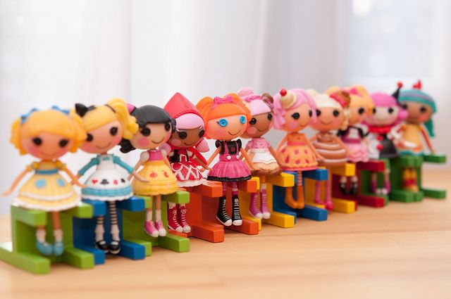 Little wooden doll chairs being used as Mini #Lalaloopsy stands... brilliant! By nolla io, via Flickr