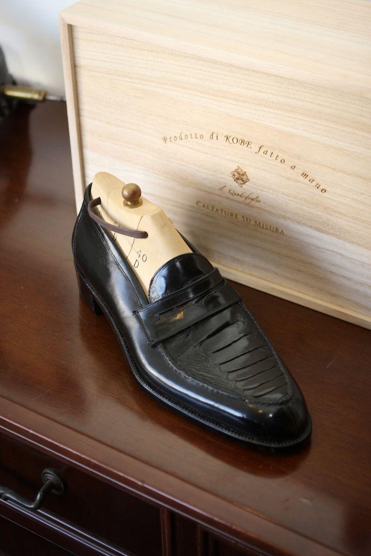 ilquadrifoglio:  il Quadrifoglio Ostrich Leg Leather Penny Loafer Official Site:http://ilquadrifoglio-kobe.com/ Calzature Su Misura, prodo...