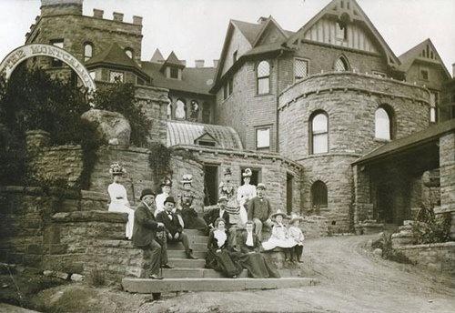 Visitors to miramount castle in 1898 colorado pinterest