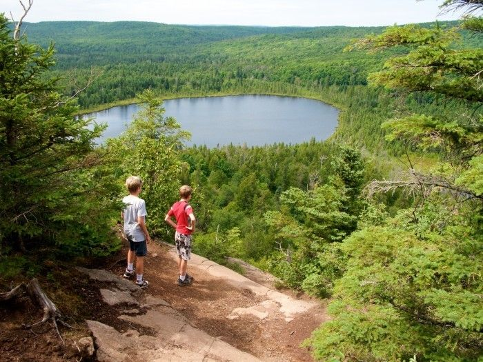 In MN. Off the Superior Hiking Trail, this loop has unforgettable views of Lake Superior, Oberg Lake and Moose Mountain.