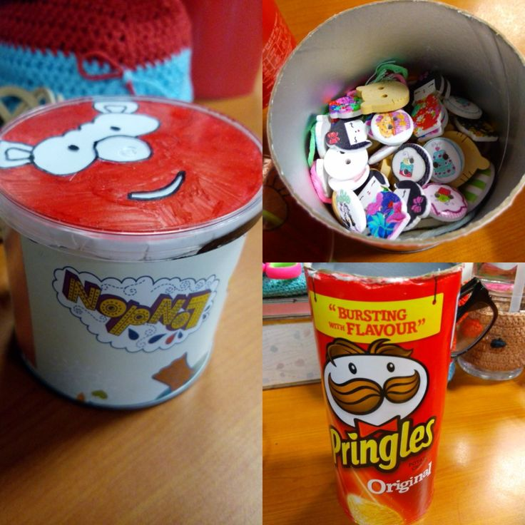 DIY pringles, cut half and cover the pringles with cute gift paper #pringles #DIY