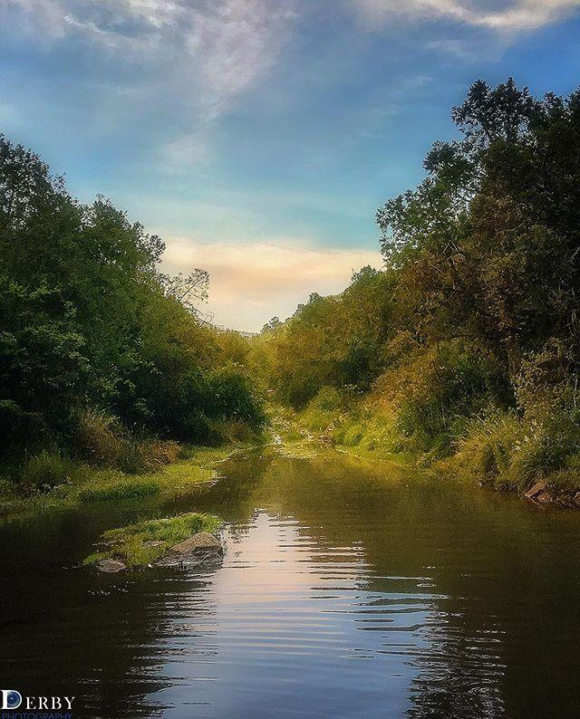 اللهم في يوم الجمعة نسألك خيرا في أي إختيار ونورا في كل عتمة وتيسيرا لكل عسير وواقعا لكل حلم السودة Outdoor River Water