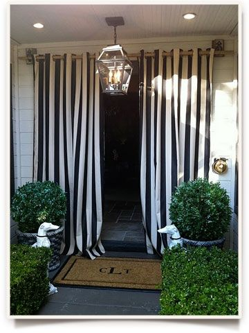 Love love LOVE this entryway for a party/engagement party!