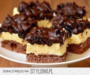 Ciasto czekoladowa śliwka  Składniki  Biszkopt kakaowy:…