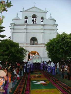 Iglesia Católica de Jacaltenango, Huehuetenango.Guatemala El fervor en la semana santa. Tradition of holy week.