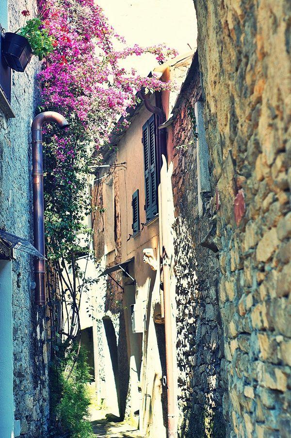 Il #Rustico con quattro vani + due... in #Liguria #visitriviera