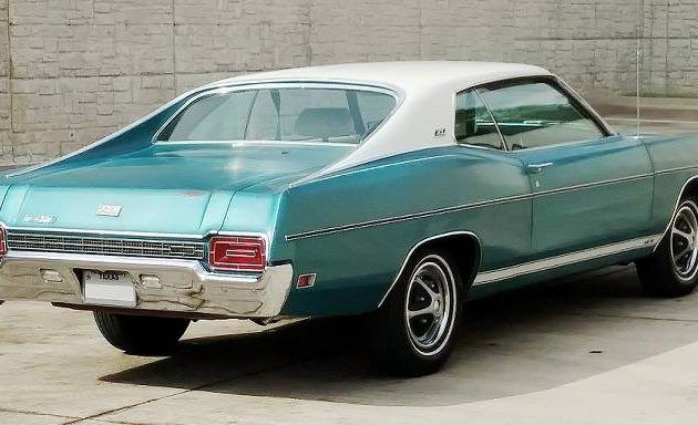 Last Of The Full Size Sports Models 1970 Ford Xl Ford Classic