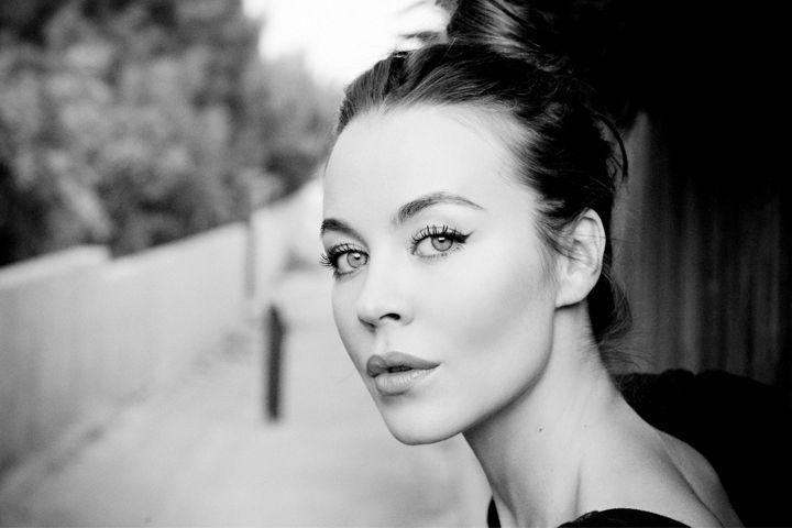 Eye Makeup, Bronzer, Fashion Design, Brows, Style Icons, Russian Fashion, Black Beautiful, Hair, Ulyana Sergeenko