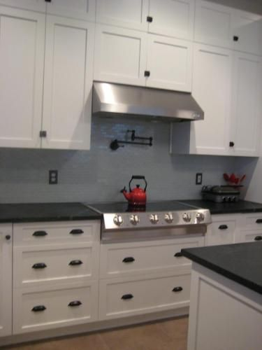 Pretty much exactly what i want white shaker cabinets for White kitchen cabinets black hardware