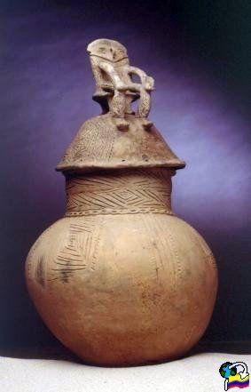 Urna funeraria precolombina