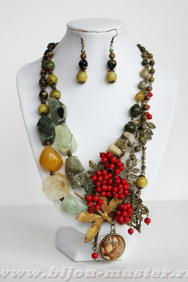 СПЕЛАЯ РЯБИНКА - авторские украшения с натуральными камнями: колье и серьги