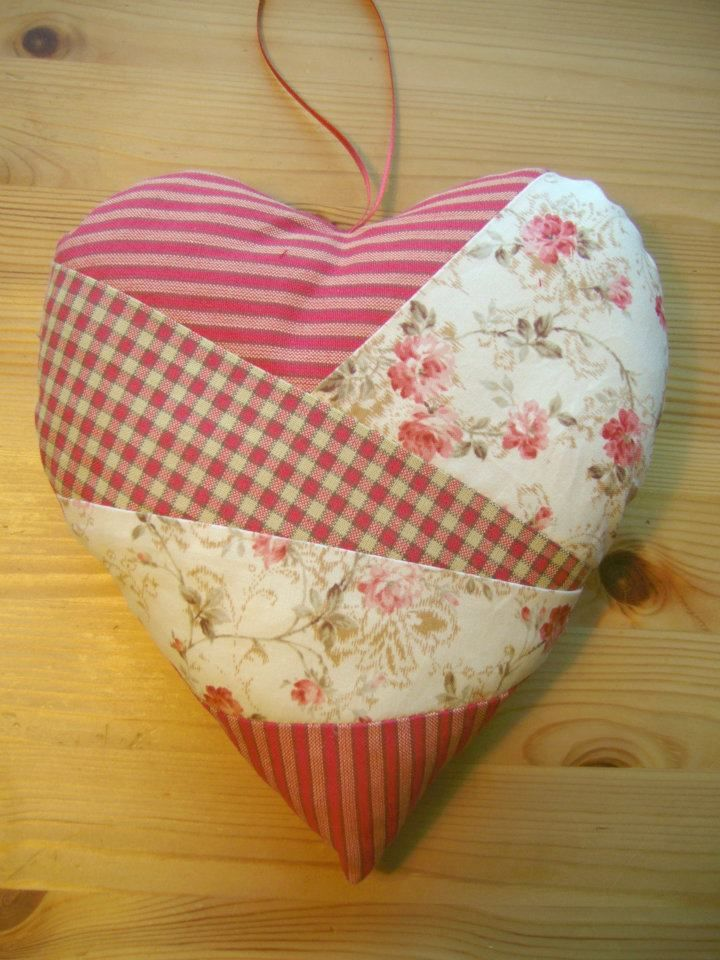 Crazy quilt heart. Great idea for your patchwork leftover bits!