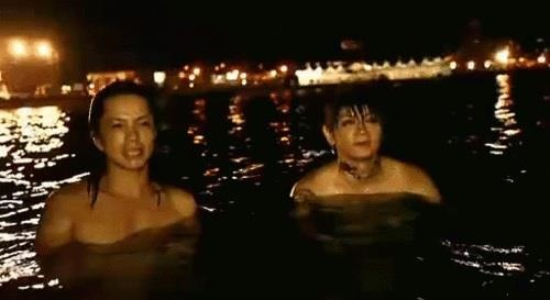 Vamps. Hyde and K.A.Z in the water