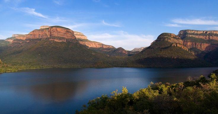 Blyde River Canyon lake