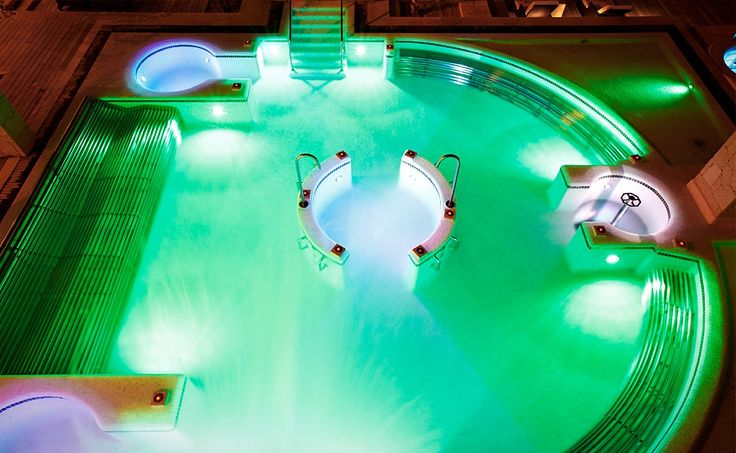 Using LED lighting, the pool color can be changed and controlled at night.