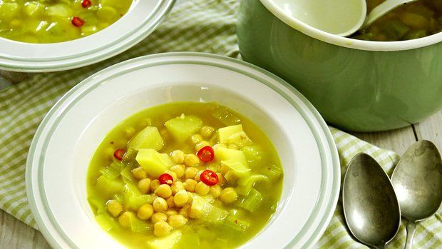 Pórková polévka s quinoou a cizrnou Foto:
