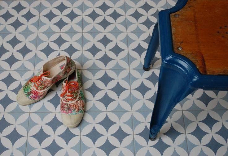 GILLES OCEAN 20x20cm ceramic pattern tile by Revoir Paris