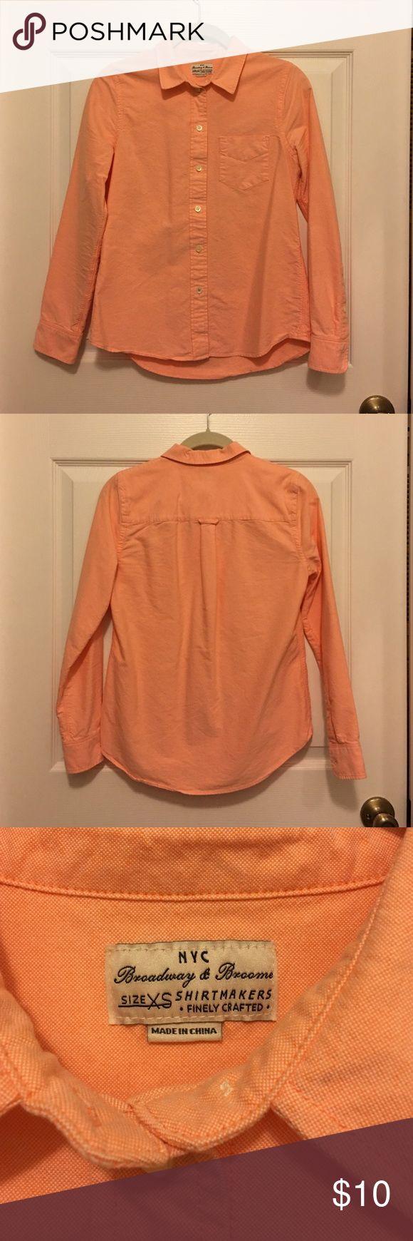 Light Orange Women's Oxford Shirt from Madewell 100% cotton light orange high-quality women's Oxford button down shirt from Madewell. Madewell Tops Button Down Shirts
