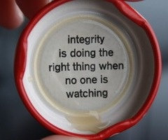 truth is, so many people lack integrity and those who actually contain some of it, never get noticed for it.: Words Of Wisdom, Bottlecap, Head Of Garlic, Bottle Cap, God Is, True Words, So True, Inspiration Quotes, True Stories