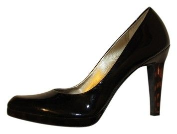 Jessica Simpson Black Pumps 64% off retail
