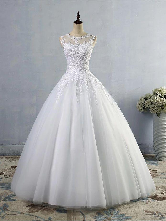 Glamorous Lace Sleeveless Ball Gown Wedding Dresses