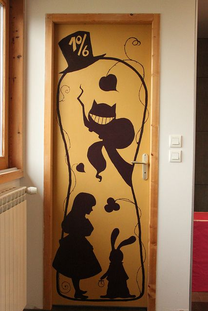 """Another pinner said: """"A way to Wonderland, cute for a kid's room"""" A kid's room? more like a me room"""